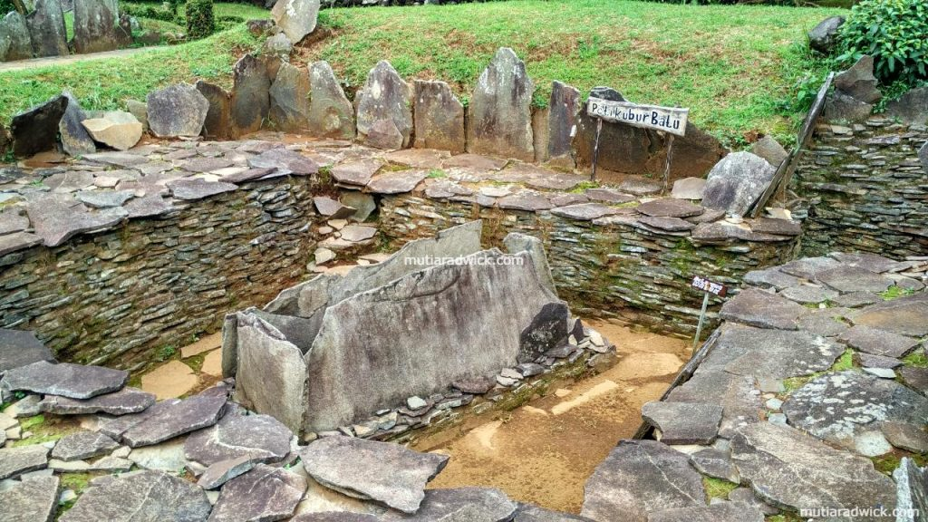 Kuningan - Situs Purbakala Cipari #MDCK (4)